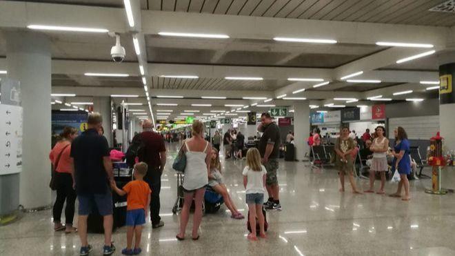 Cancelados 165 vuelos en Canarias