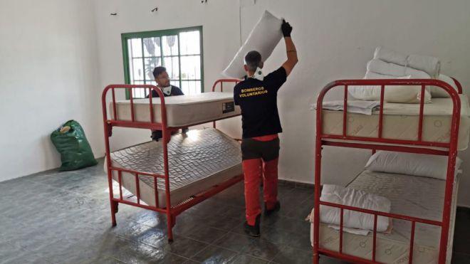 Tías acondiciona la antigua escuela de Mácher para las personas sin hogar del municipio