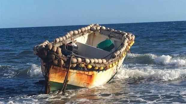 Llega una patera con 45 personas a bordo al puerto de Arguineguín