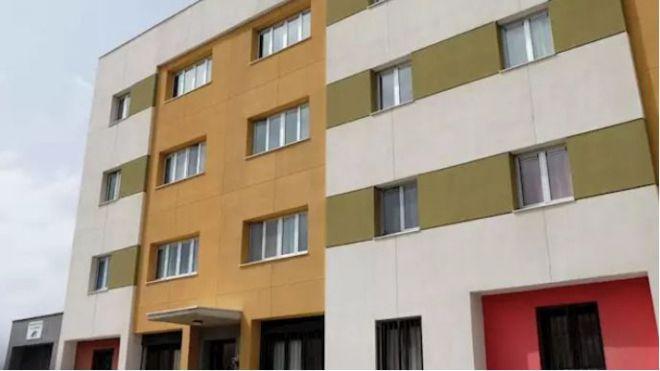 Instan a aumentar la limpieza en los bloques de viviendas y a no utilizar las zonas comunes