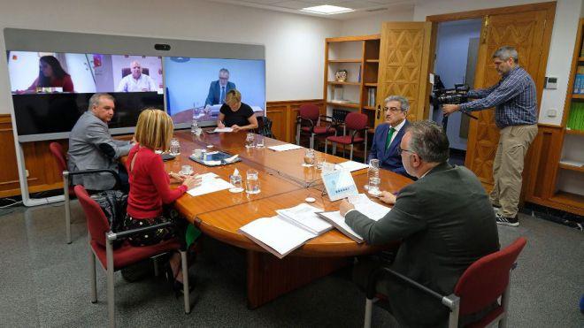 Canarias registra 4.000 ERTEs y 20.000 trabajadores afectados en la primera semana del estado de alarma