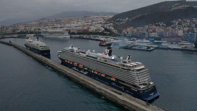 Sanidad Exterior autoriza el desembarco de tripulantes de los cruceros Mein Schiff3 y Mein Schiff Herz para retornar a su país