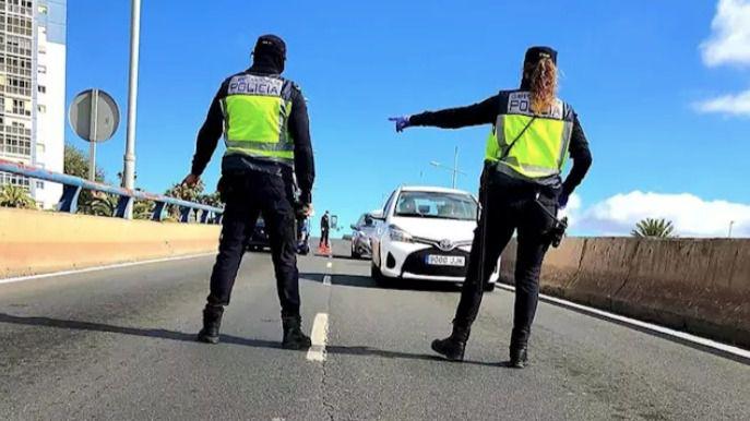 Policía Nacional y Guardia Civil detienen a 144 personas en Canarias por incumplir el estado de alarma