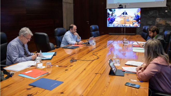Canarias aprueba nuevas medidas extraordinarias para proteger la economía y reducir la burocracia