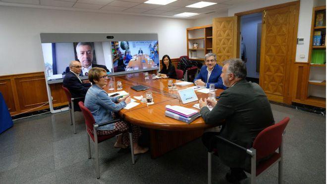 Rodríguez pide un mayor compromiso de Europa y Madrid con Canarias por las singularidades de su modelo productivo