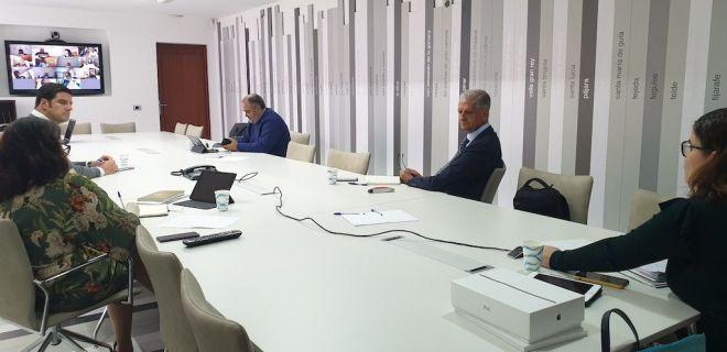Los Ayuntamientos canarios no desisten de su reivindicación de poder utilizar sus fondos para paliar la crisis de la COVID-19