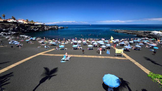 Santiago del Teide reabre las zonas de arena de las playas para paseos y hacer deporte