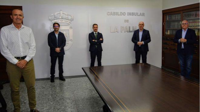 El Cabildo pide a la Federación de Fútbol y al Consejo de Deportes que se aplique la normativa en vigor