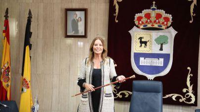 Pilar González es la nueva alcaldesa de La Oliva tras prosperar la moción de censura a Isaí Blanco
