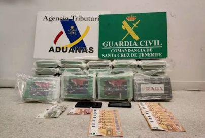 Detenido un hombre con 37 kilos de cocaína ocultos en su coche en el puerto de Santa Cruz de Tenerife