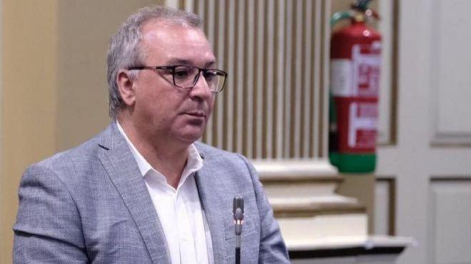 NC solicita a Montero que responda a las corporaciones locales para usar el superávit y endeudarse