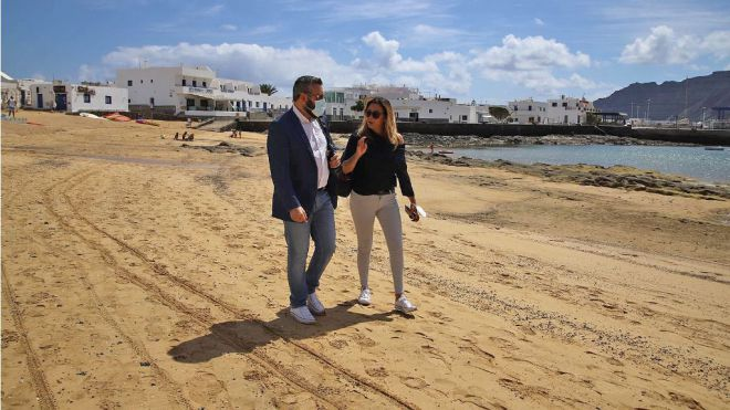 El Cabildo y el Gobierno trabajan ya para solucionar la problemática ambiental de La Graciosa