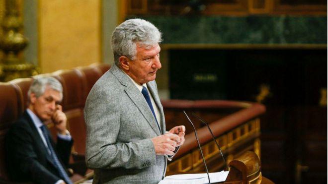 Quevedo obtiene un amplio apoyo del Congreso para un plan de conectividad y recuperación turística
