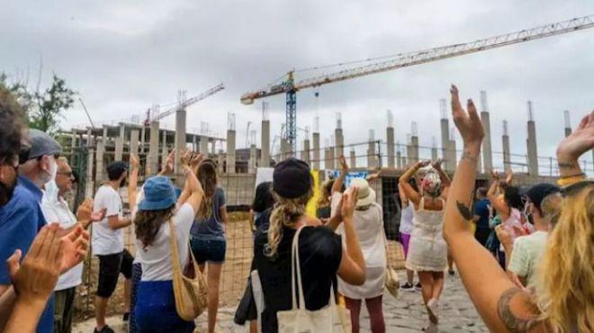 El Gobierno ordena la paralización de las obras del hotel de La Tejita