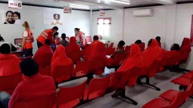 Los migrantes llegados irregularmente a Canarias durante el estado de alarma casi quintuplican a los de 2019