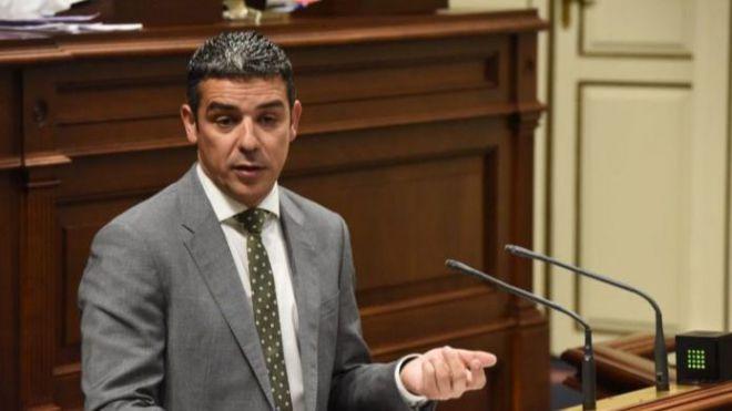"""Quintero denuncia el """"abandono y olvido sistemático"""" del Gobierno a la isla de El Hierro"""
