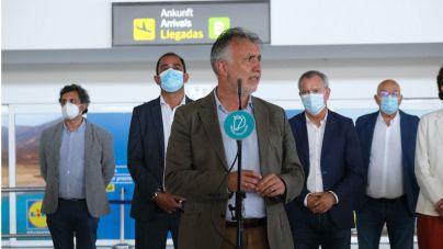 El Gobierno mantiene su voluntad de reforzar las medidas sanitarias entre quienes llegan a las Islas