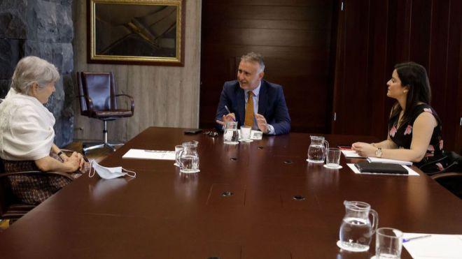 Torres anima al turismo a reabrir para generar confianza de cara a la campaña de invierno