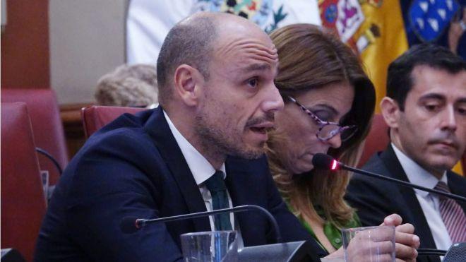 Hernández reconoce que solo existe la propuesta de uno de los condenados para recuperar el dinero de Las Teresitas