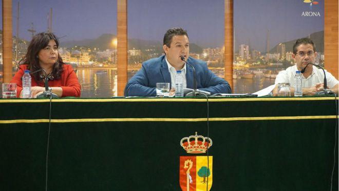 Mena recurrirá la decisión del PSOE