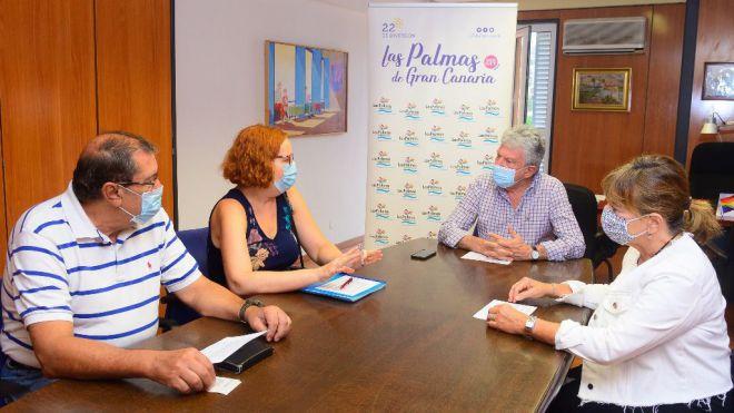Turismo y hoteleros refuerzan su colaboración para reactivar la actividad turística