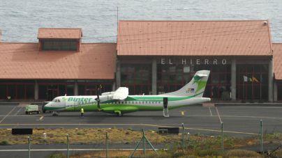 El Hierro aclara que la modificación de las rutas aéreas obligatorias no afectará a la Isla