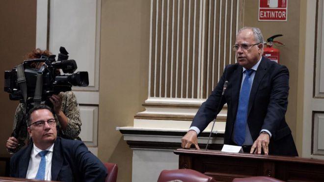 Curbelo pide que las transferencias del Fdcan lleguen en tiempo y forma a los ayuntamientos