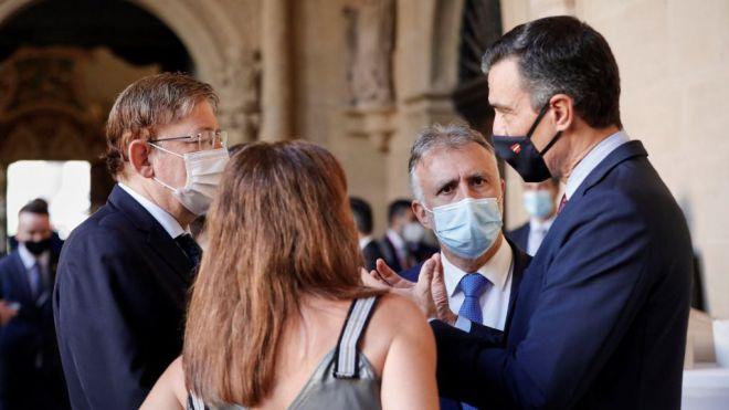 Canarias confía en que la próxima semana se levante la cuarentena impuesta por Reino Unido