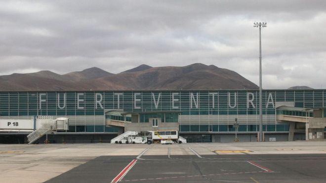 El Ayuntamiento aclara que se propuso el nombre de 'Aeropuerto de Fuerteventura, Las Parteras'