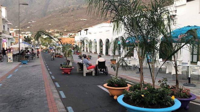 La Frontera peatonaliza un tramo de la zona comercial de Tigaday