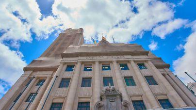 Alonso advierte que usar el superávit en el Cabildo no permite el endeudamiento y frena la economía