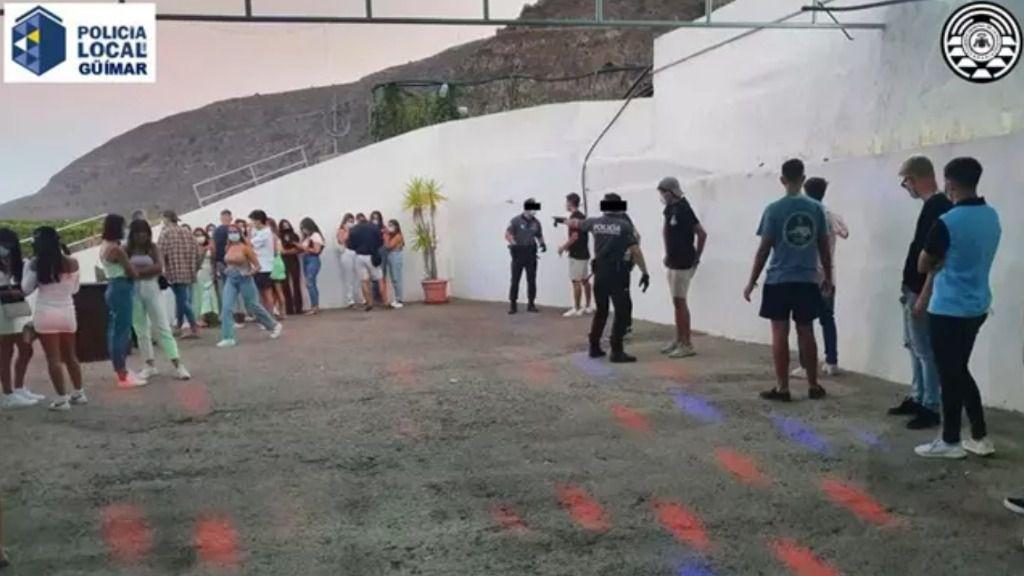 La positivos entre veinteañeros son los que más crecen en Canarias en la última semana