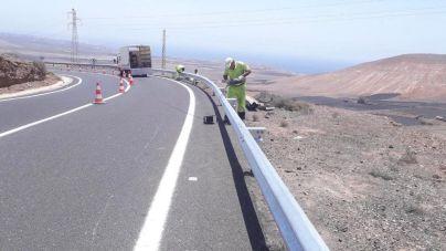 Obras Públicas comienza en Yaiza el plan de mejora de la red viaria insular