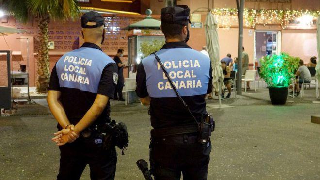 Agentes de la Policía Local imponen en la última semana 111 multas por no hacer uso de la mascarilla