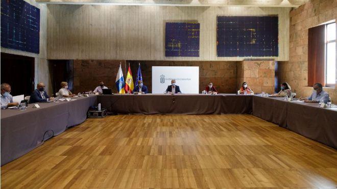 El Gobierno de Canarias ultima el documento final del Plan para la Reactivación Social y Económica por la crisis de la COVID-19
