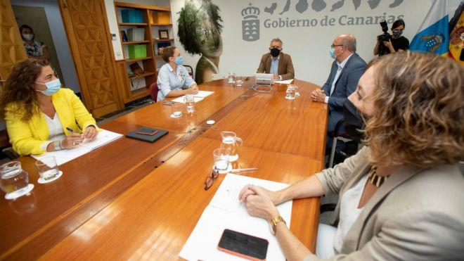 El Foro Canario de la Inmigración concluye que la vía migratoria hacia las Islas Canarias está más activa