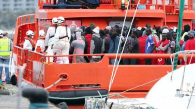 Llegan a las costas canarias cinco embarcaciones con 241 migrantes