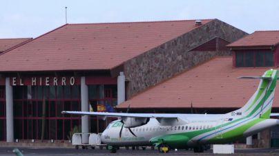 Los aeropuertos de El Hierro y La Gomera registran las menores caídas en el tráfico de pasajeros