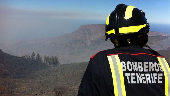 Bomberos de Tenerife extingue seis pequeños incendios de rastrojos durante el fin de semana