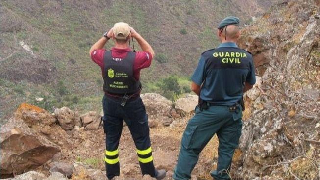 Cabildo y Seprona denuncian a una decena de cazadores y requisa 6 escopetas por cazar en zonas de seguridad