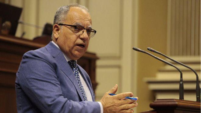 Curbelo demanda al ministro Escrivá soluciones realistas a la crisis migratoria tras su visita a Canarias