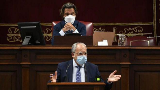 """Curbelo tacha de """"anomalía democrática"""" la prórroga de los PGE y pide voluntad política para aprobar unas nuevas cuentas estatales"""