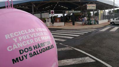 Gran Canaria se suma a la campaña solidaria que tiñe de rosa los contenedores de vidrio para obtener fondos contra el cáncer de mama