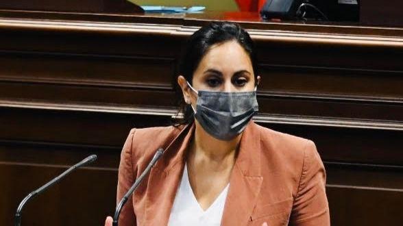 Espino a la ministra Montero: Con la miseria de los canarios no se negocia