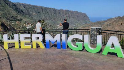 El Ayuntamiento de Hermigua inaugura el mirador de Mulagua