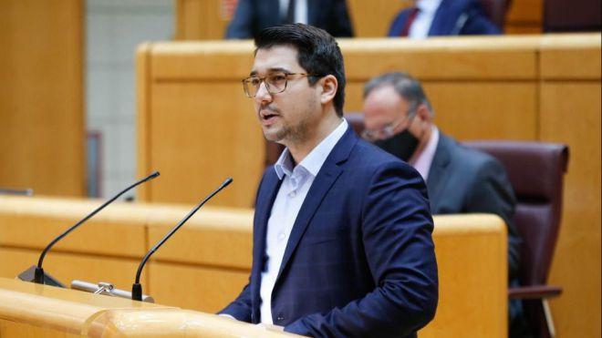 """Chinea reprocha al Gobierno que """"deje sola a Canarias en una crisis migratoria que se agrava por la descoordinación y las peleas entre ministros"""""""