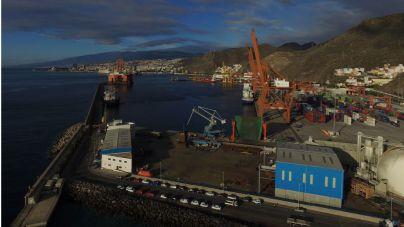 Visto bueno medioambiental al dique flotante en el puerto de Santa Cruz de Tenerife