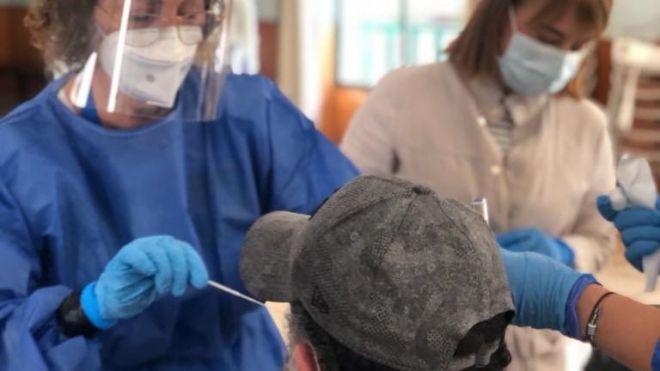 Sanidad notifica provisionalmente 143 casos de COVID-19 en las últimas 24 horas