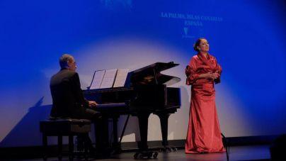 La hija de Montserrat Caballé presenta en La Palma el trabajo inédito de la soprano internacional