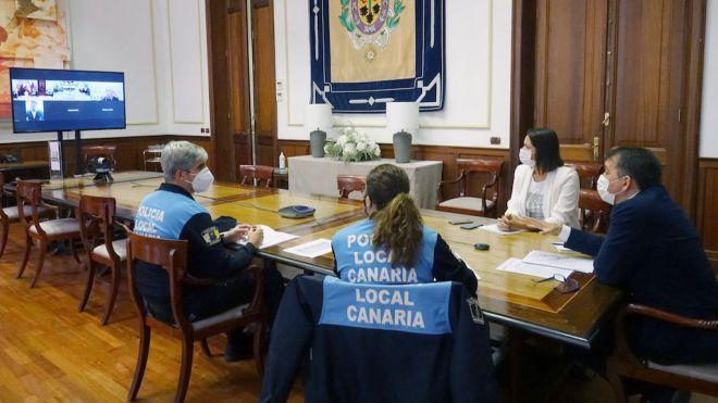 Santa Cruz y La Laguna exigen más presencia de CNP y Guardia Civil para vigilar el cumplimiento de las normas
